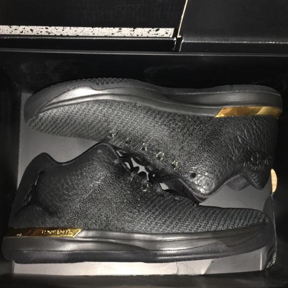 7ccedfe1025d1 Air Jordan 31 XXXI Low Black Gold Size 10.5 OG Box